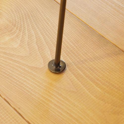 サイドテーブル スチールフレーム 天板木(アカシア) V字型マガジンラック付き W395×D210×H450(mm)商品画像10