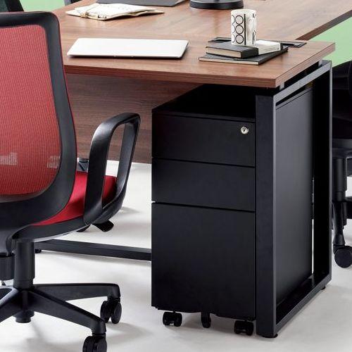 ワークテーブル LPTB-1260 W1200×D600×H720(mm) ブラックカラー粉体塗装スクエア脚テーブル 幕板付き コードホール付き商品画像7