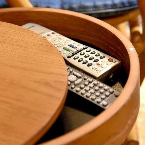 サイドテーブル AZUMAYA(東谷) PT-616 ブラウンカラー オーク化粧合板・化粧繊維板 天板内部収納スペース付き トレーテーブル商品画像4