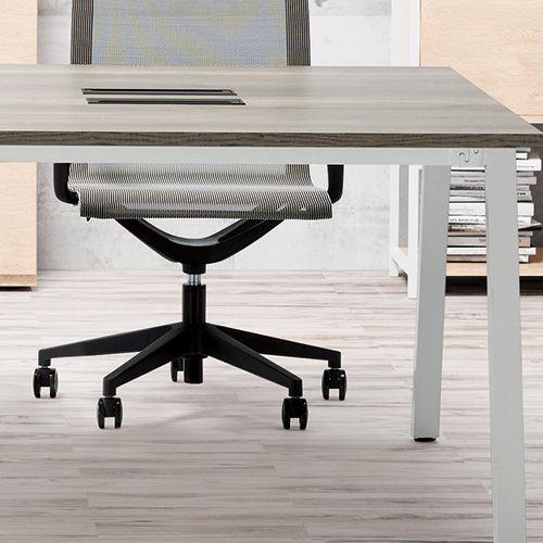 会議用テーブル SLTW-1212 W1200×D1200×H720(mm) ホワイトカラー粉体塗装4本脚テーブル コードホール付き商品画像8