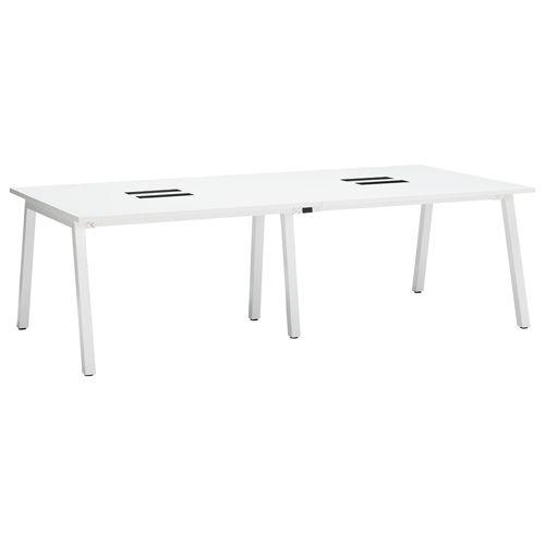 会議用テーブル SLTW-2412 W2400×D1200×H720(mm) ホワイトカラー粉体塗装4本脚テーブル コードホール付き商品画像2