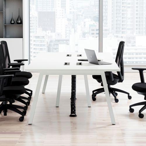 会議用テーブル SLTW-2412 W2400×D1200×H720(mm) ホワイトカラー粉体塗装4本脚テーブル コードホール付き商品画像9