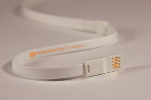 マグネット式のロープ型LEDライト。マグネット式なのでスチール棚にもくっつきます。画像1